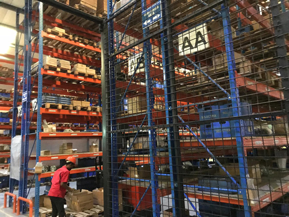 Products for the entire ASEAN region are stored in the modern high-bay warehouse.